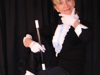 Debbie O'Carroll – Magician